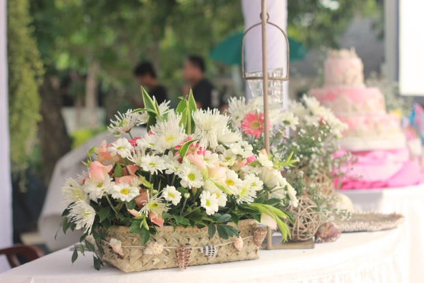 cuckoo cloud concepts beach wedding coral pink cebu wedding stylist 09