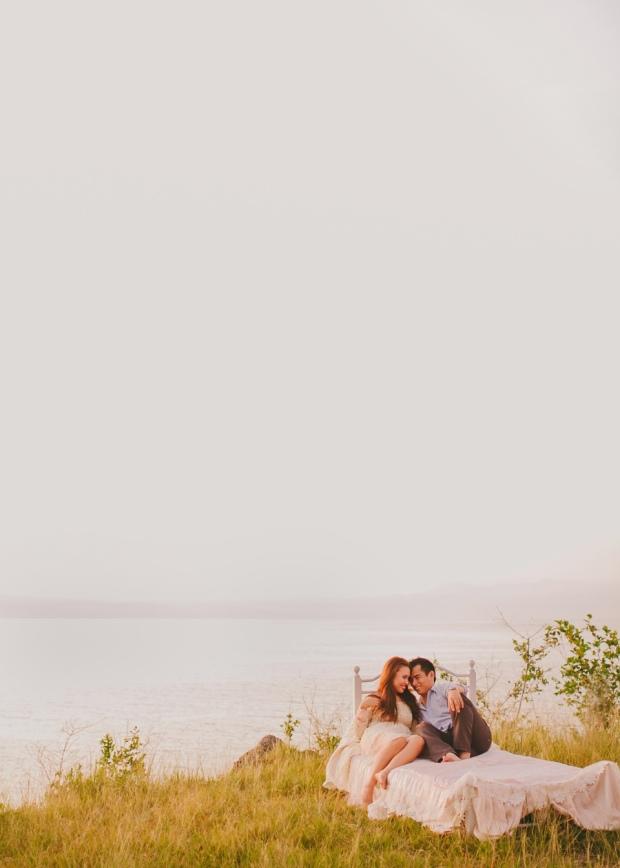 cuckoo cloud concepts christian & sheila engagement session cebu wedding stylist photo shoot stylist field by the sea 13
