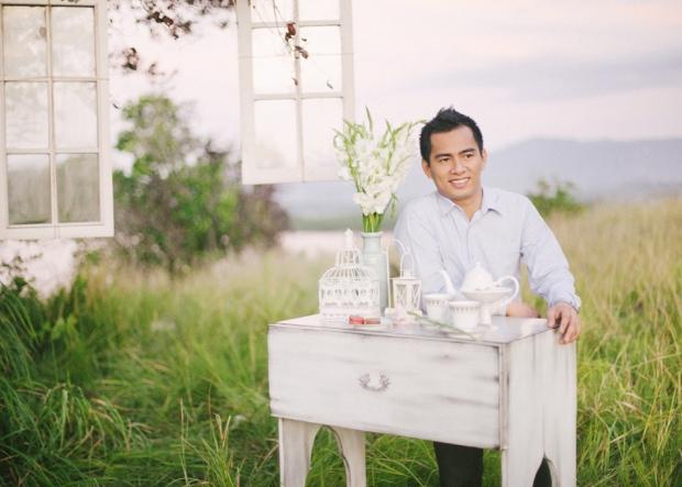cuckoo cloud concepts christian & sheila engagement session cebu wedding stylist photo shoot stylist field by the sea 27