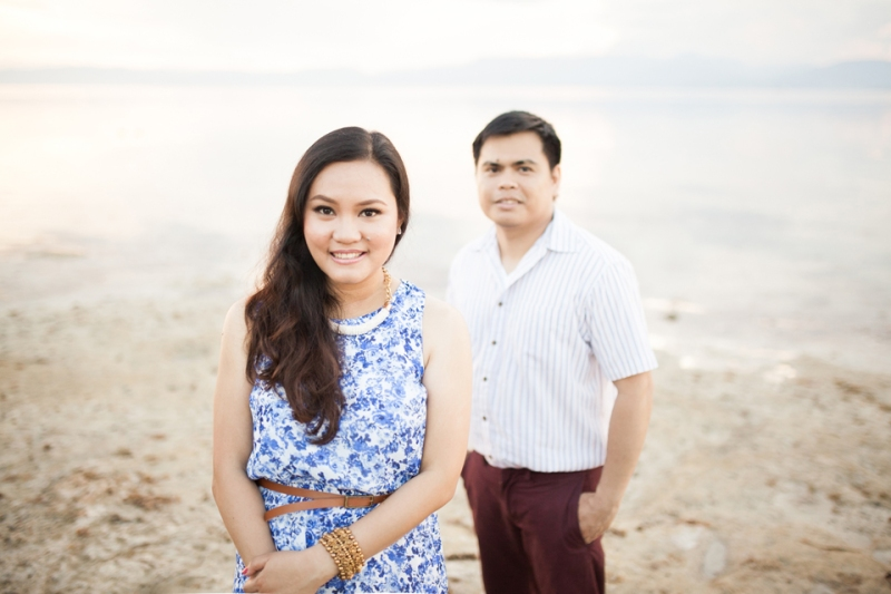 cuckoo cloud concepts evahn and giselle anniversary session cebu wedding stylist beach grass maroon blue 01