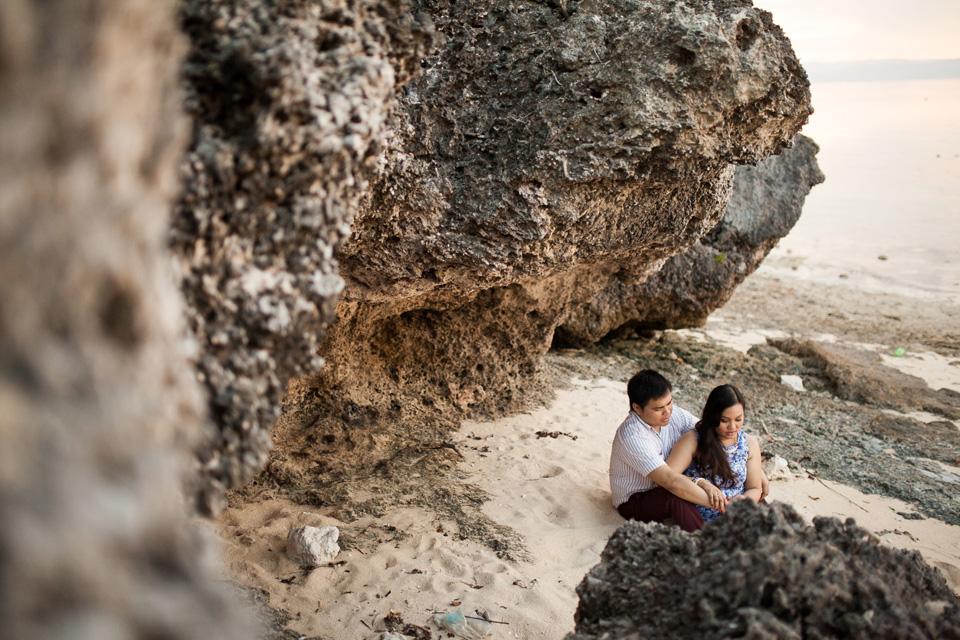 cuckoo cloud concepts evahn and giselle anniversary session cebu wedding stylist beach grass maroon blue 07