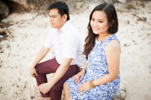 cuckoo cloud concepts evahn and giselle anniversary session cebu wedding stylist beach grass maroon blue 03