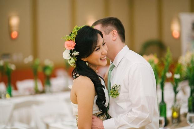 cuckoo cloud concepts shea and cheeky rustic chic cebu wedding stylist beach wedding peach and green 25