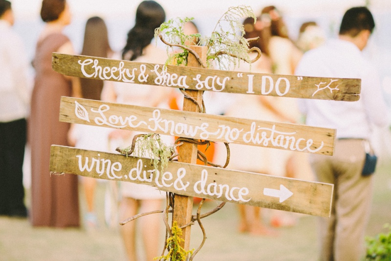 cuckoo cloud concepts shea and cheeky rustic chic cebu wedding stylist beach wedding peach and green 03