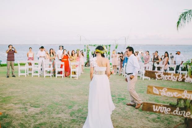 cuckoo cloud concepts shea and cheeky rustic chic cebu wedding stylist beach wedding peach and green 30