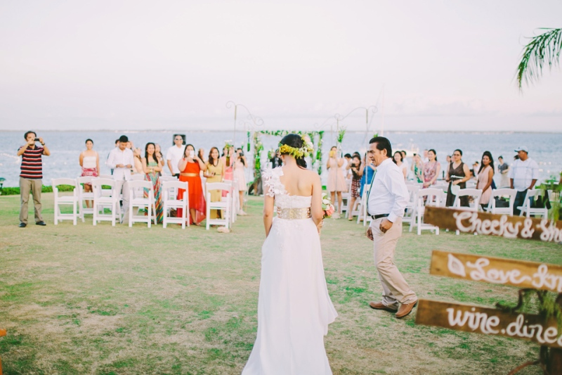 cuckoo cloud concepts shea and cheeky rustic chic cebu wedding stylist beach wedding peach and green 30
