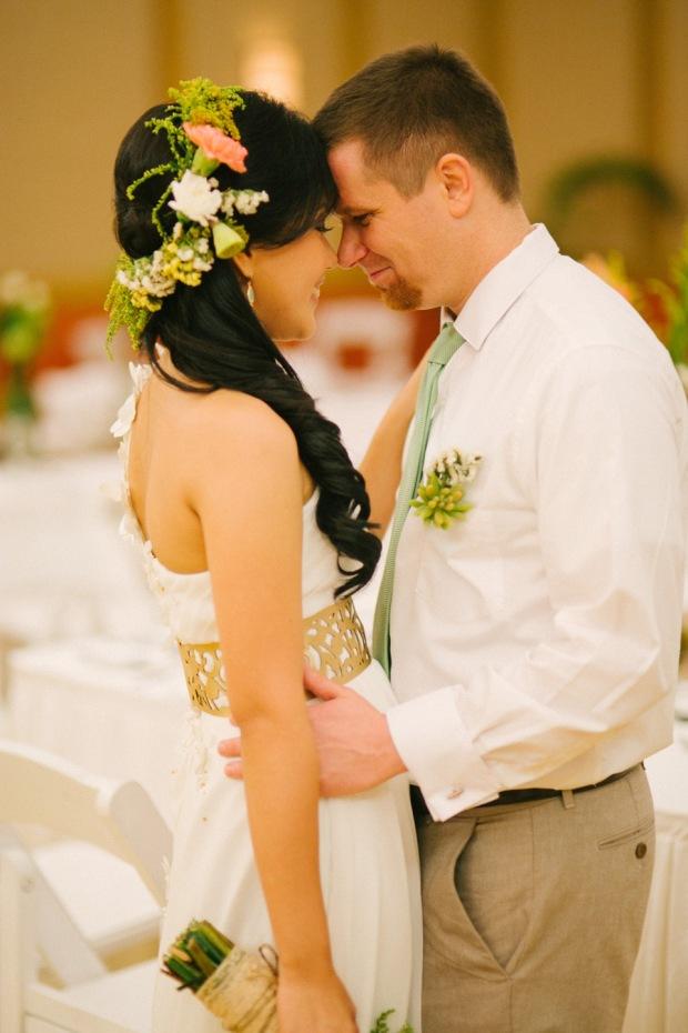 cuckoo cloud concepts shea and cheeky rustic chic cebu wedding stylist beach wedding peach and green 28