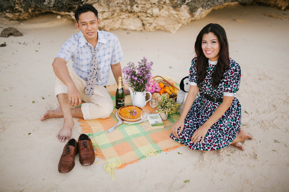 cuckoo cloud concepts ronald and katherine engagement session cebu wedding stylist photo shoot stylist nautical vintage beach picnic 19