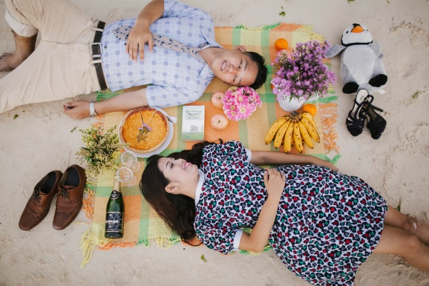 cuckoo cloud concepts ronald and katherine engagement session cebu wedding stylist photo shoot stylist nautical vintage beach picnic 15