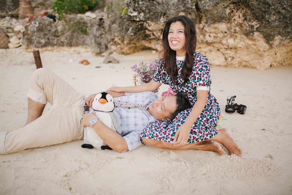 cuckoo cloud concepts ronald and katherine engagement session cebu wedding stylist photo shoot stylist nautical vintage beach picnic 17