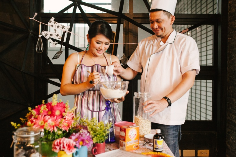 cuckoo cloud concepts drazen and majie engagement session cebu wedding stylist kitchen baking prenup the chillage 07