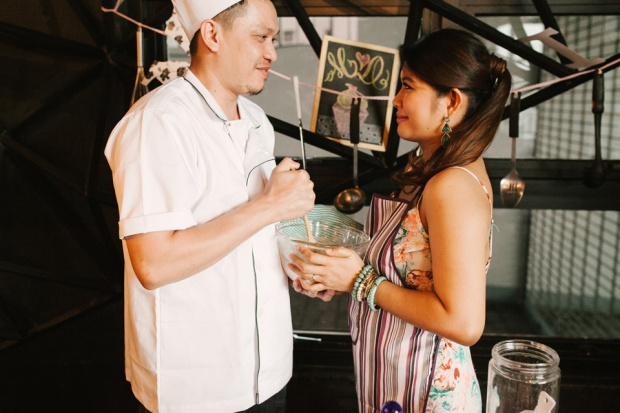 cuckoo cloud concepts drazen and majie engagement session cebu wedding stylist kitchen baking prenup the chillage 08