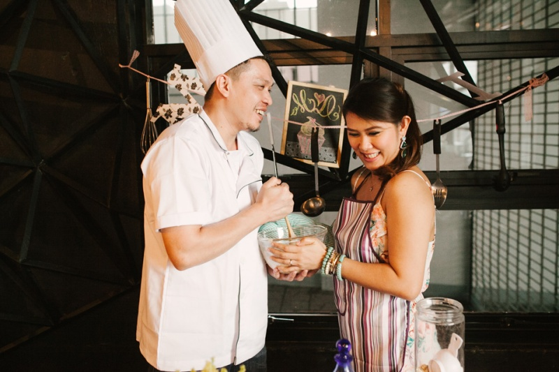 cuckoo cloud concepts drazen and majie engagement session cebu wedding stylist kitchen baking prenup the chillage 10