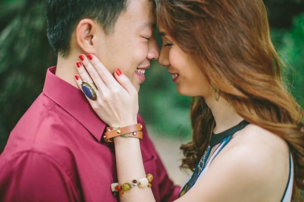 cuckoo cloud concepts mark and franz yellow golden retriever dog lovers engagement session cebu wedding stylist wardrobe styling 05
