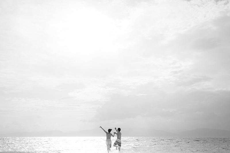 cuckoo cloud concepts junn and loura beach love engagement session bohemian-inspired cebu wedding stylist moalboal_06