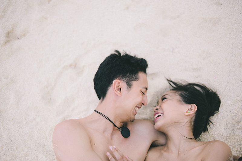 cuckoo cloud concepts junn and loura beach love engagement session bohemian-inspired cebu wedding stylist moalboal_09