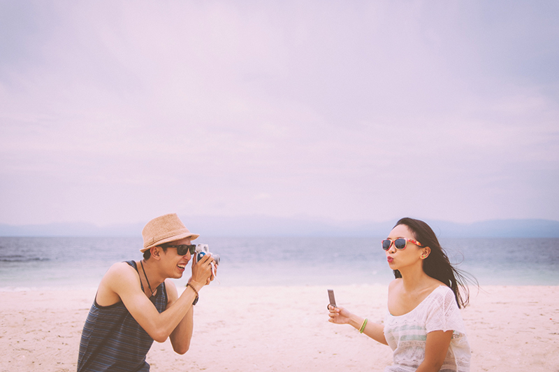 cuckoo cloud concepts junn and loura beach love engagement session bohemian-inspired cebu wedding stylist moalboal_30