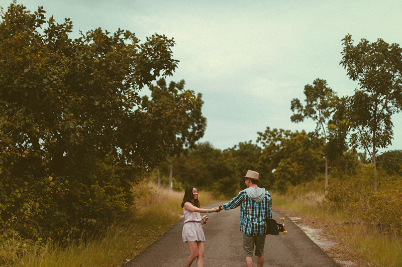 cuckoo cloud concepts junn and loura road trip hip laidback engagement session cebu wedding stylist_15