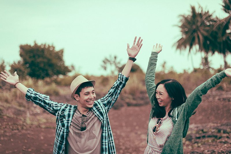 cuckoo cloud concepts junn and loura road trip hip laidback engagement session cebu wedding stylist_21