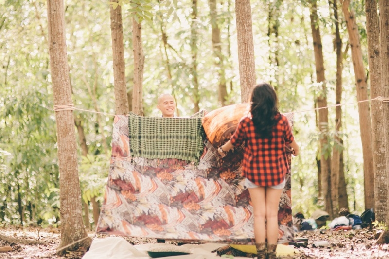 cuckoo cloud concepts james and liane engagement session camping americana-inspired outdoors plaid cebu wedding stylist 01