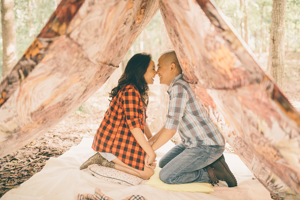 cuckoo cloud concepts james and liane engagement session camping americana-inspired outdoors plaid cebu wedding stylist 03