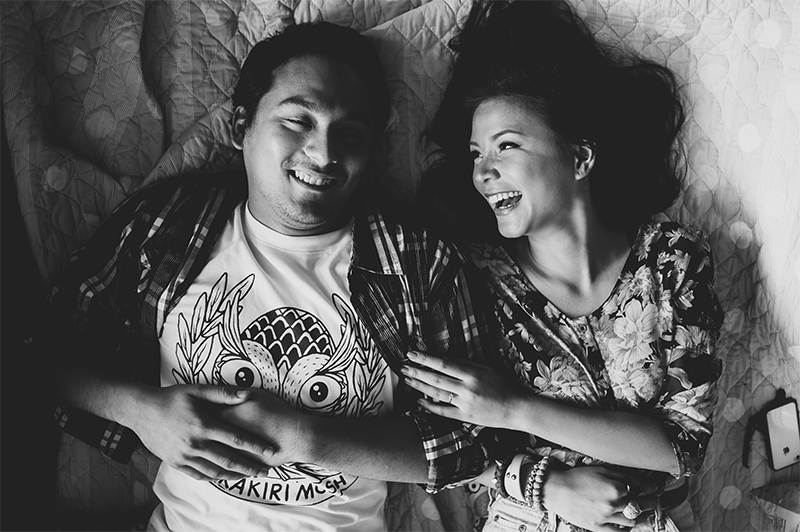 cuckoo cloud concepts carlo and steph engagement session starlo hip creative bohemian truck bath tub engagement cebu wedding stylist 06