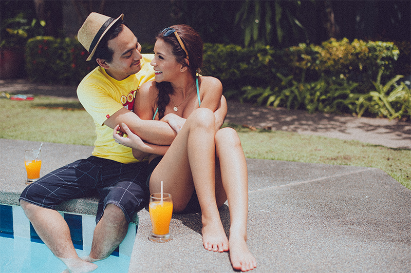 cuckoo cloud concepts carlo and steph engagement session starlo hip creative bohemian truck bath tub engagement cebu wedding stylist 62