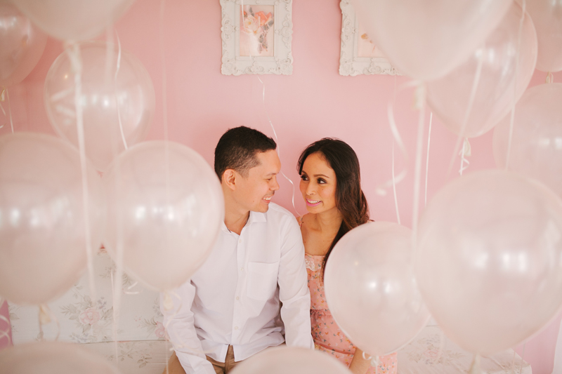 cuckoo cloud concepts casi and may engagement session white balloons pastels dainty cebu wedding stylist _06