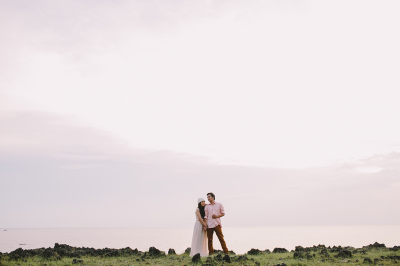 cuckoo cloud concepts cedrix and kritie engagement session bohemian antulang ocean florentina homes _69