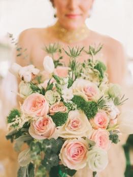 Blush & Green Bouquet for Emerald Green Editorial // photo by Marlon Capuyan Photography