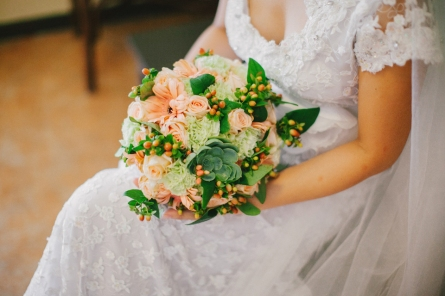 Peach & Mint Green Bouquet for Janeth's Rustic Wedding // photo by Marlon Capuyan Photography