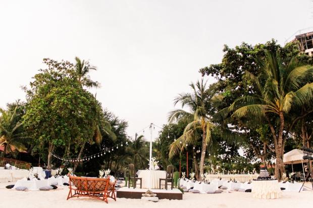 Cuckoo Cloud Concepts King Jumax Wedding Cebu Event Stylist Black and White Beach -10
