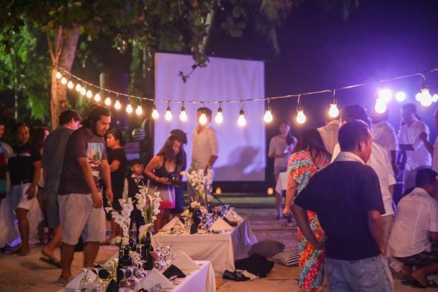 Cuckoo Cloud Concepts King Jumax Wedding Cebu Event Stylist Black and White Beach -13