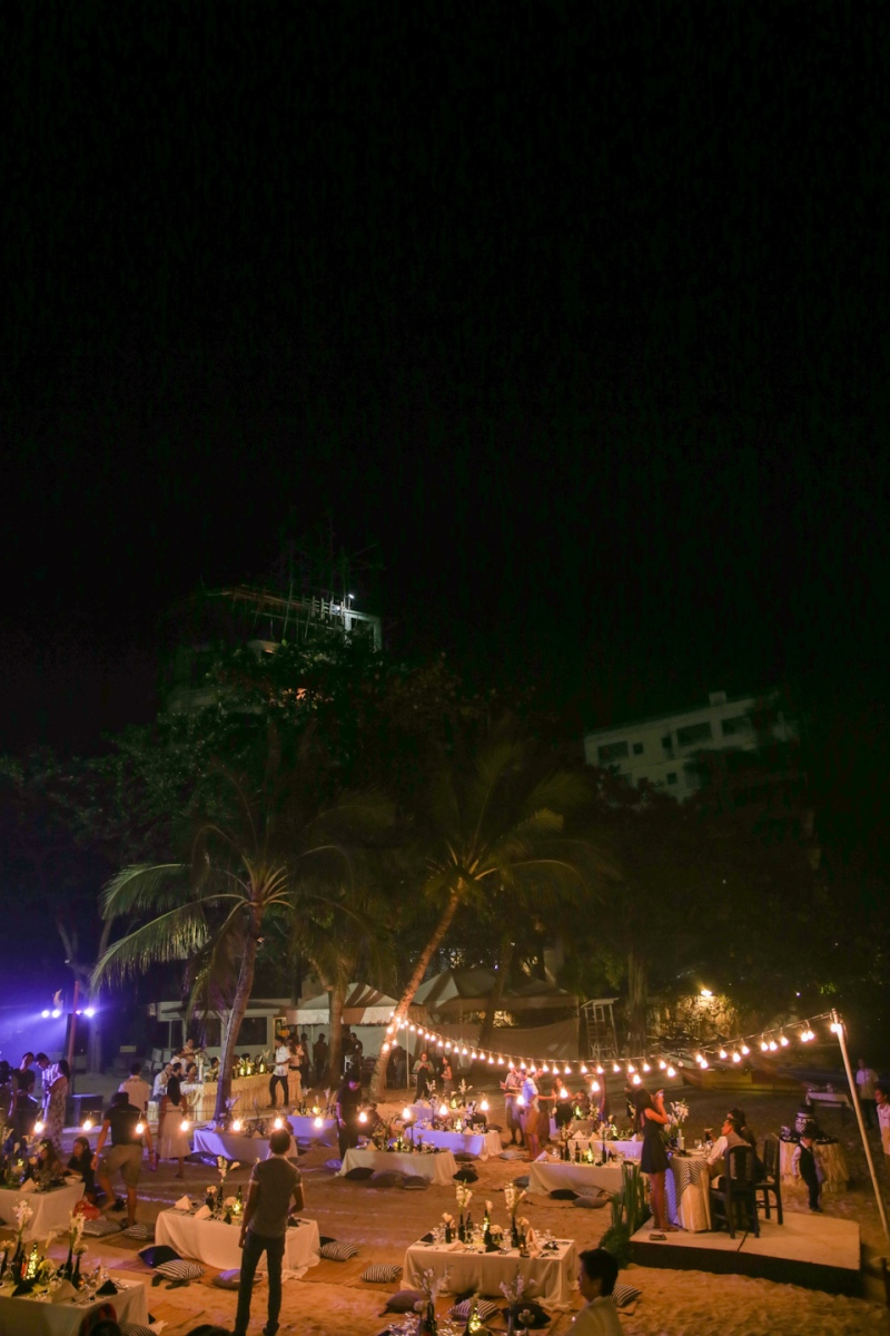 Cuckoo Cloud Concepts King Jumax Wedding Cebu Event Stylist Black and White Beach-18