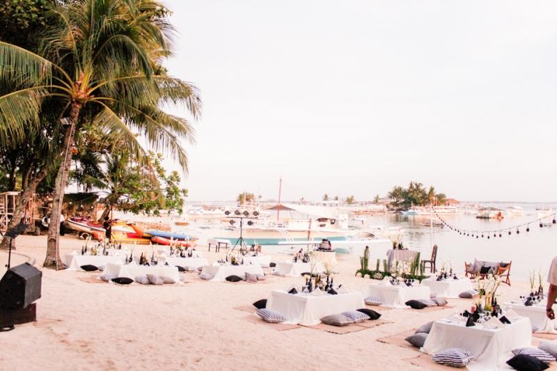 Cuckoo Cloud Concepts King Jumax Wedding Cebu Event Stylist Black and White Beach -9