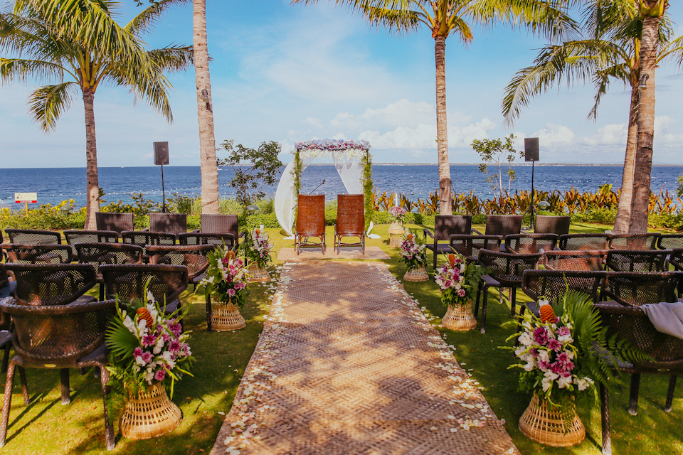 Cuckoo Cloud Concepts Petter Leah Modern Filipiniana Wedding Blue Violet Beach Crimson Resort Cebu Wedding Stylist-14