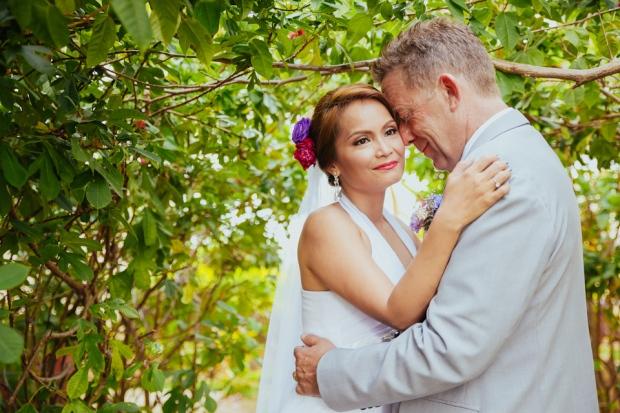 Cuckoo Cloud Concepts Petter Leah Modern Filipiniana Wedding Blue Violet Beach Crimson Resort Cebu Wedding Stylist-34