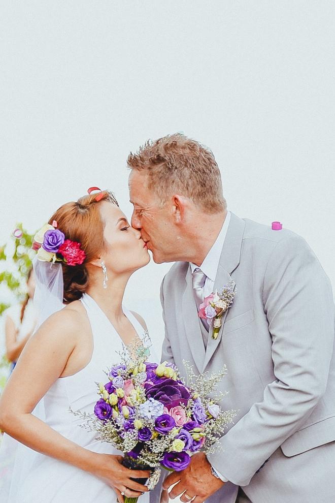 Cuckoo Cloud Concepts Petter Leah Modern Filipiniana Wedding Blue Violet Beach Crimson Resort Cebu Wedding Stylist-48