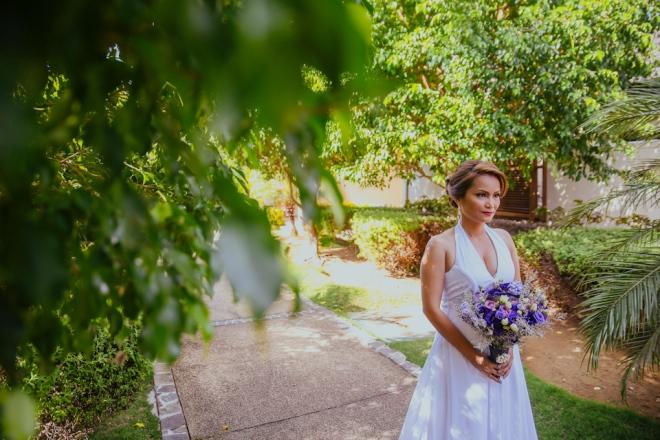 Cuckoo Cloud Concepts Petter Leah Modern Filipiniana Wedding Blue Violet Beach Crimson Resort Cebu Wedding Stylist-8