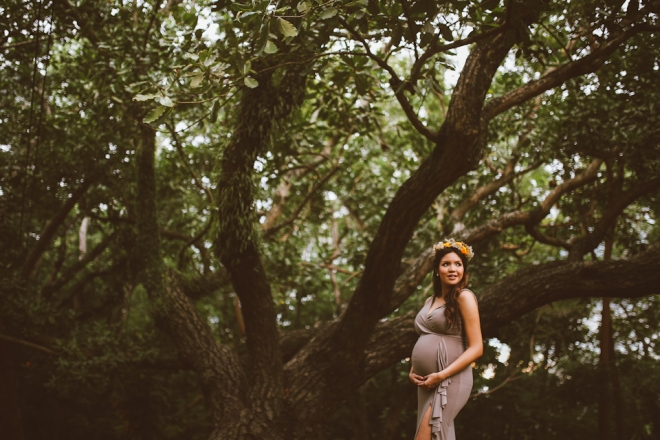 Cuckoo Cloud Concepts Kimberly Burden Gothong Maternity Session Forest Enchanted Neutrals Yellow Floral Crown -9