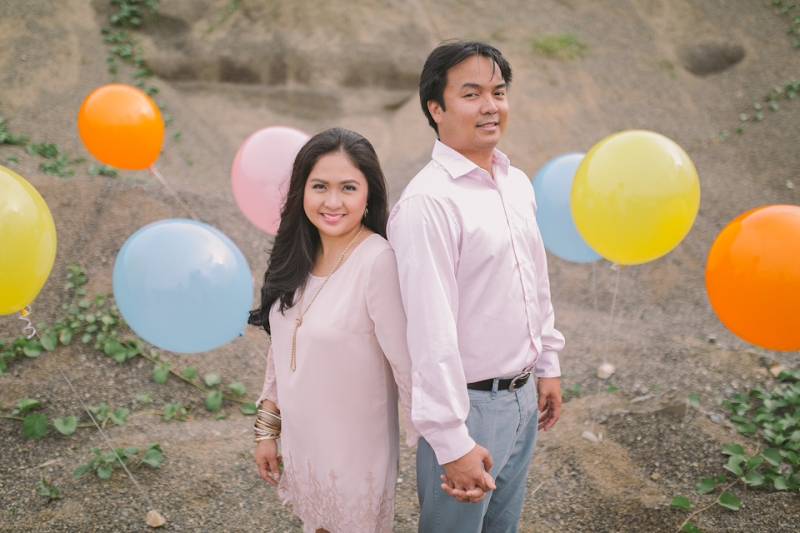 Cuckoo Cloud Concepts Julius and Pavirly Engagement Session Balloons Field Projected Images Colorful Fringes-11
