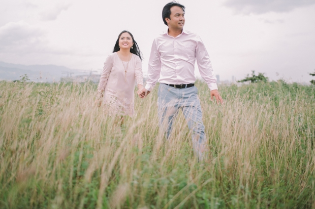 Cuckoo Cloud Concepts Julius and Pavirly Engagement Session Balloons Field Projected Images Colorful Fringes-12