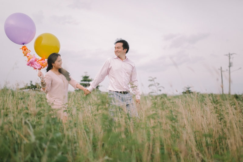 Cuckoo Cloud Concepts Julius and Pavirly Engagement Session Balloons Field Projected Images Colorful Fringes-21