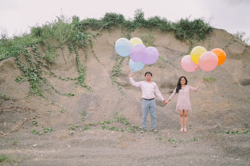 Cuckoo Cloud Concepts Julius and Pavirly Engagement Session Balloons Field Projected Images Colorful Fringes-26