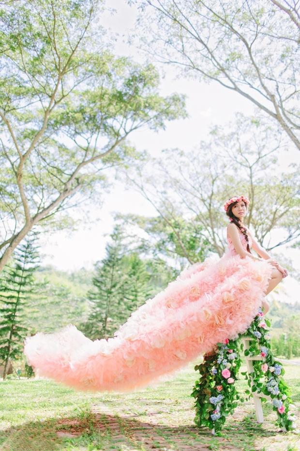 Cuckoo Cloud Concepts Alexis Mendoza Debut Photoshoot Whimsical Fairytale Princess and the Pea Pod Flowers Cebu Stylist -1