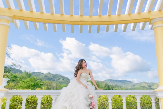 Cuckoo Cloud Concepts Alexis Mendoza Debut Photoshoot Whimsical Fairytale Princess and the Pea Pod Flowers Cebu Stylist -16