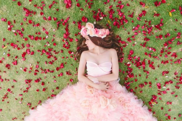 Cuckoo Cloud Concepts Alexis Mendoza Debut Photoshoot Whimsical Fairytale Princess and the Pea Pod Flowers Cebu Stylist -27