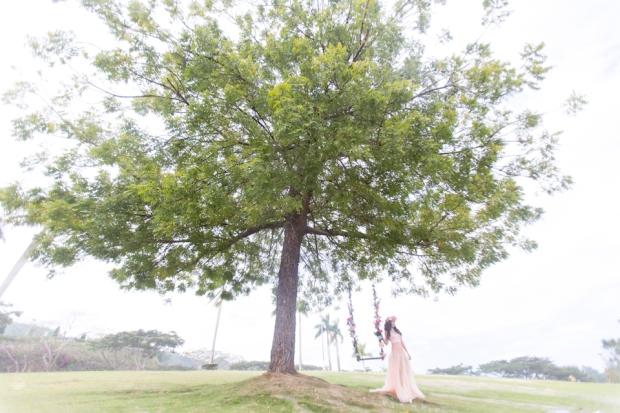 Cuckoo Cloud Concepts Alexis Mendoza Debut Photoshoot Whimsical Fairytale Princess and the Pea Pod Flowers Cebu Stylist -33