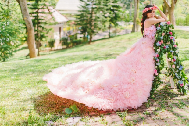 Cuckoo Cloud Concepts Alexis Mendoza Debut Photoshoot Whimsical Fairytale Princess and the Pea Pod Flowers Cebu Stylist -55