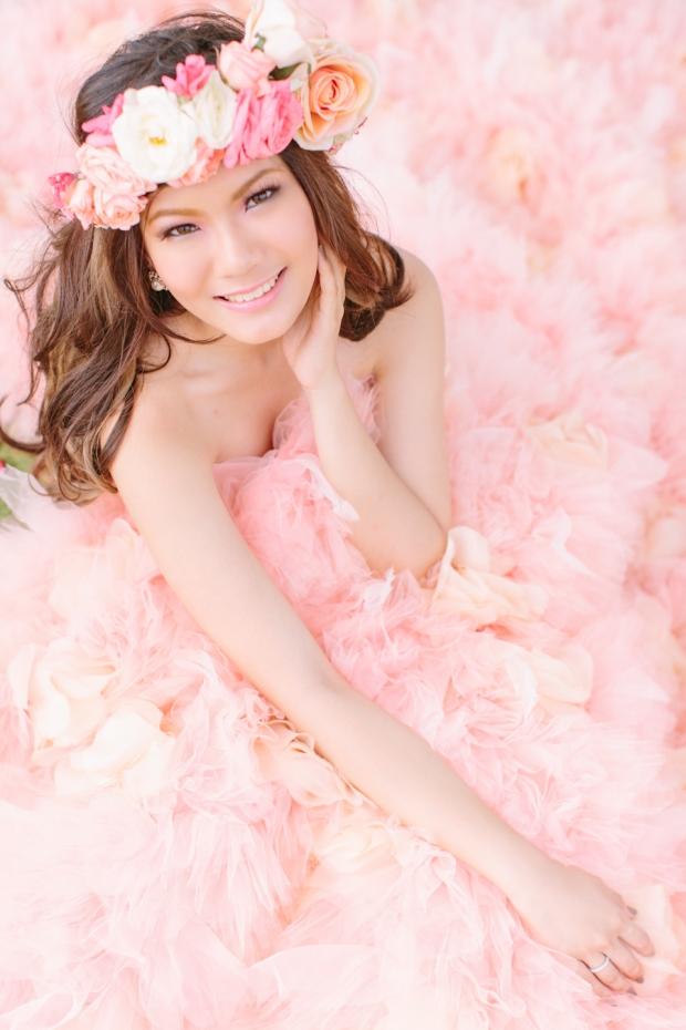 Cuckoo Cloud Concepts Alexis Mendoza Debut Photoshoot Whimsical Fairytale Princess and the Pea Pod Flowers Cebu Stylist -6